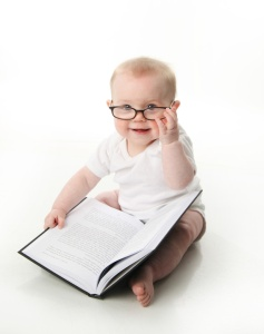 baby loves reading